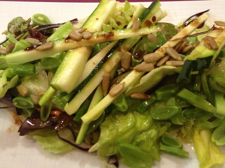 Ensalada con verdura cruda