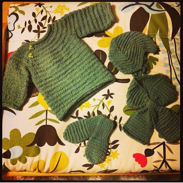 Barselsgave, babystrik på pinde 3, All you knit is love