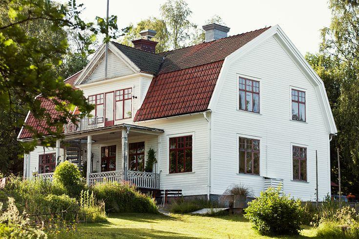 Dit hostel staat te koop en wij willen het hebben Roomed   roomed.nl