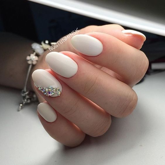 Pin for Later: 30 Chic Wedding Nail Art Ideas Your Mum Won't Yell at You For Wearing