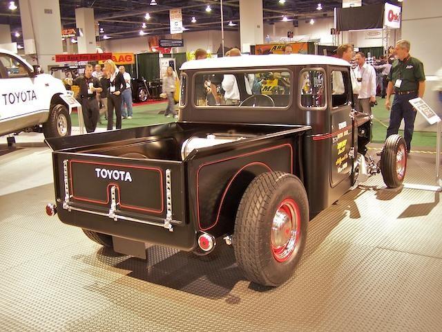Motoring J Style: Hot Rodded Toyota FJ's