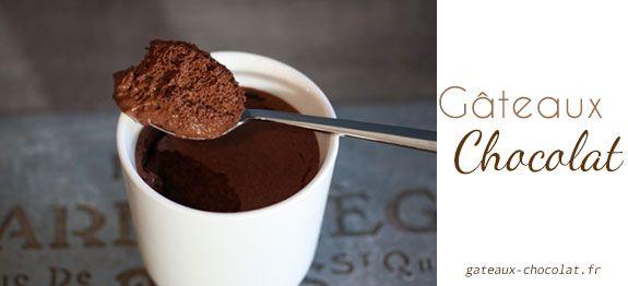Une mousse au chocolat rapide et très facile à faire pour votre bonheur et le bonheur de toute la famille, c'est une recette du maître pâtissier français Christophe Felder .