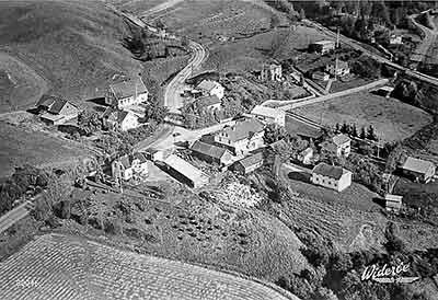 Frogner i Sørum kommune flyfoto 1954. Widerøe