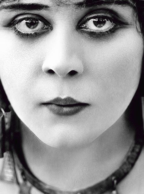 Theda Bara photographed for Cleopatra (1917)