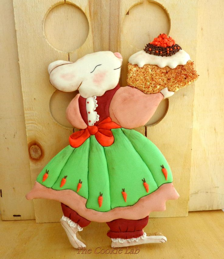 """Preparing """"Family´s Celebrations""""   By The Cookie Lab - Bolachas decoradas arte https://www.facebook.com/pages/The-Cookie-Lab-Bolachas-Decoradas-Artesanais/296345657141199?ref=hl"""