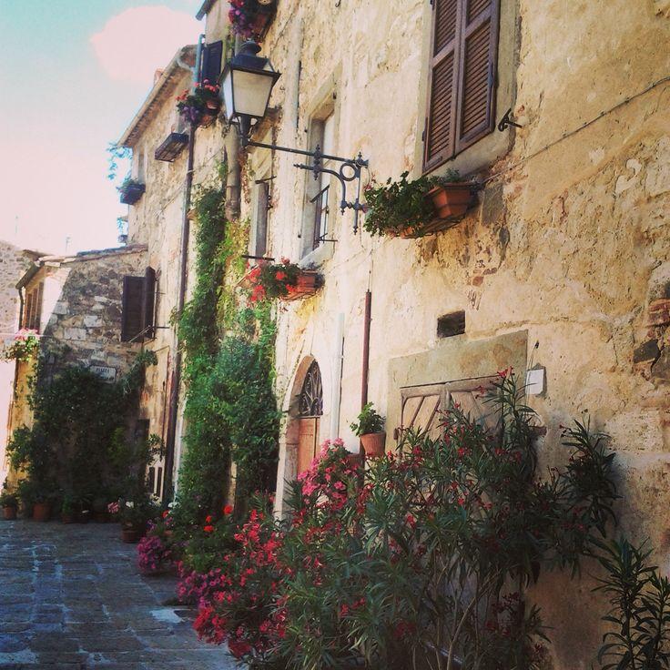 Nice pic of Montemerano #manciano #maremma #toscana #borghi