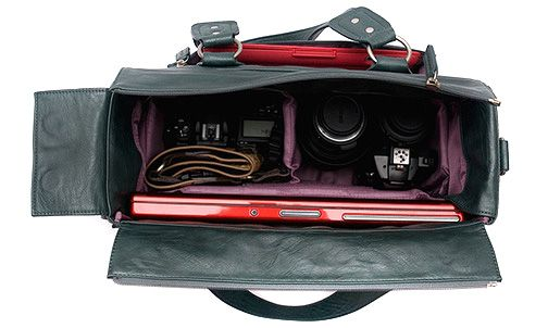From my December 2011 Web Exclusives: http://www.ppmag.com/web-exclusives/2011/12/best-of-bags-guide.html (Kelly Moore Bag - photography is mine)