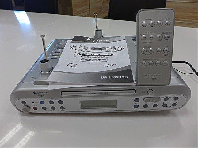 sonstige soundmaster ur 2150usb unterbau k chenradio soundmaster mit cd player und usb anschluss. Black Bedroom Furniture Sets. Home Design Ideas