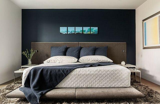 Akzentwand Schlafzimmer gestalten Fotos dunkelblaue Wandfarbe