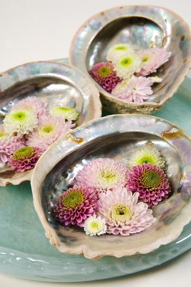 stroiki nam komunię, kwiaty na komunię, dekoracje stołu, komunia