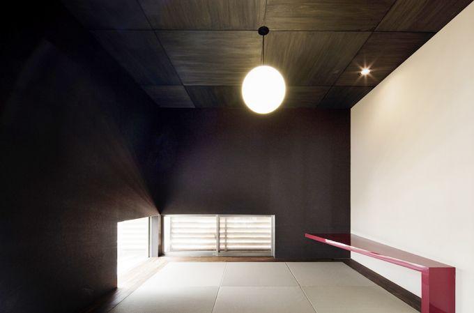個性的な色でインテリア上級者!壁色が魅力的な家