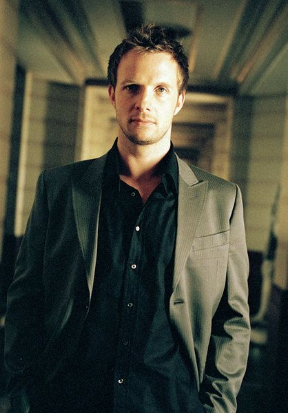 Rupert Penry-Jones all the hot actors are British
