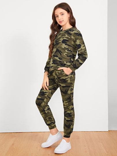 a897c2062636c Girls Camo Print Top & Pants Set Girls Crop Tops, Mermaid Outfit, Two Piece