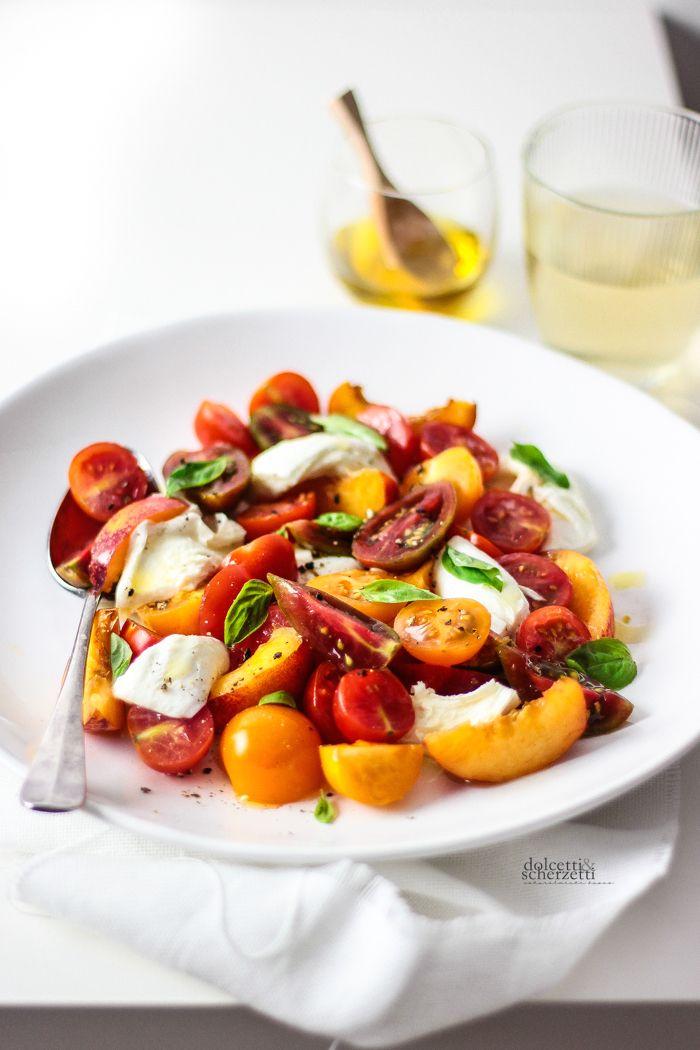 nectarines, tomatoes and buffalo's mozzarella salad - caprese di nettarine, pomodori e mozzarella di bufala