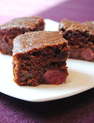 Küchenzaubereien: Cola-Kuchen mit Kirschen - Cherry Coke Cake