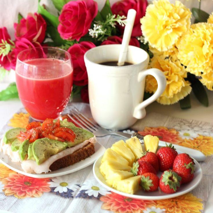 17 mejores im genes sobre el desayuno apetitosas imagenes - Preparar desayuno romantico ...
