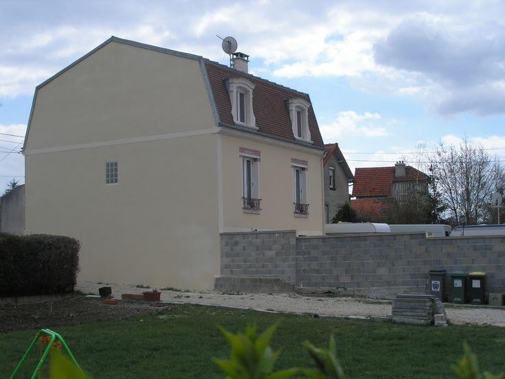 photo du pignon gauche de la maison après le ravalement // TEXAS Bâtiment - texasbatiment@orange.fr - Tél 0141810290