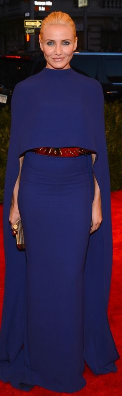 Who made  Cameron Diazs blue cape gown that she wore to the 2013 Met Gala in New York?