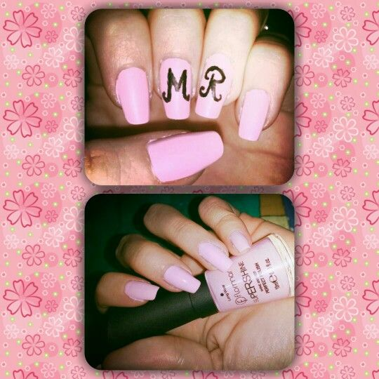 M&R nails :)