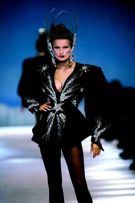 Thierry Mugler Fashion Style 90s Fashion Outfits