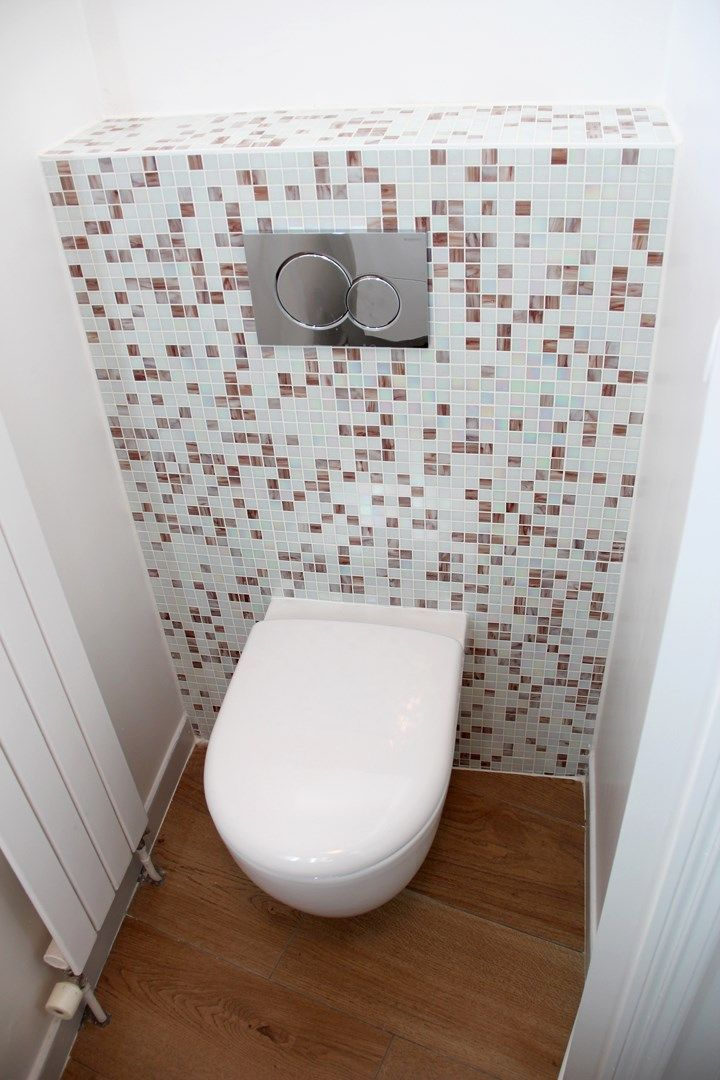 Appartement familiale wc suspendu mosaique agence avous - Decoration toilette suspendu ...
