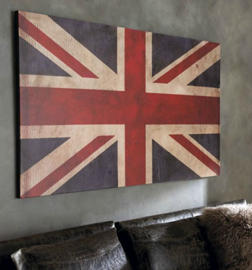 Union Jack Decor cute for above a bed that doesn't have a head board!