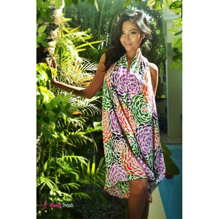Rosa Worn as a dress Php1200