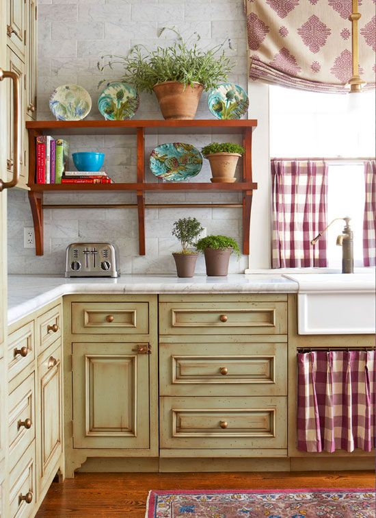 644 best kitchens we love images on pinterest for Traditional kitchen color schemes