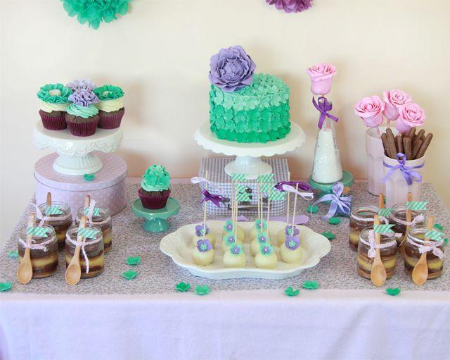 Mesa dulce de cumplea os violeta y verde agua dulces for Mesa salada para cumple