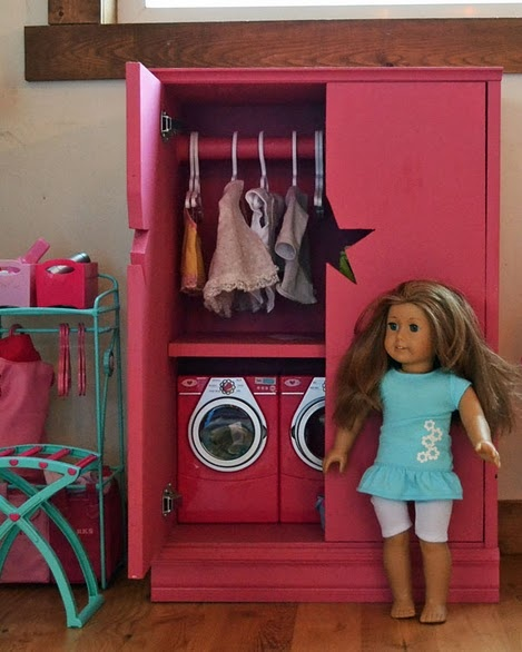 "For American Girl or 18"" Doll, make a storage cabinet or armoire with star cutout. Free plans."