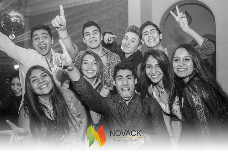 Pensando en una inolvidable gala de graduación Celebralo con Novack http://ow.ly/Q42ue  #graduaciones #gala #licenciaturas