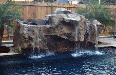 cascadas de la piscina de natación agua de la piscina cuenta con piscinas al aire libre, sala de estar, estanques de las características del agua, diseños de la piscina, spa, piscina cascada cascadas construidas en una piscina enterrada patio trasero complementar esta característica del patio trasero Piscina de agua con diseño de iluminación Piscina Cascada Design Ideas