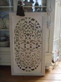 Raamdecoratie - Muurdecoratie wit houtsnijwerk 50 x 90 cm