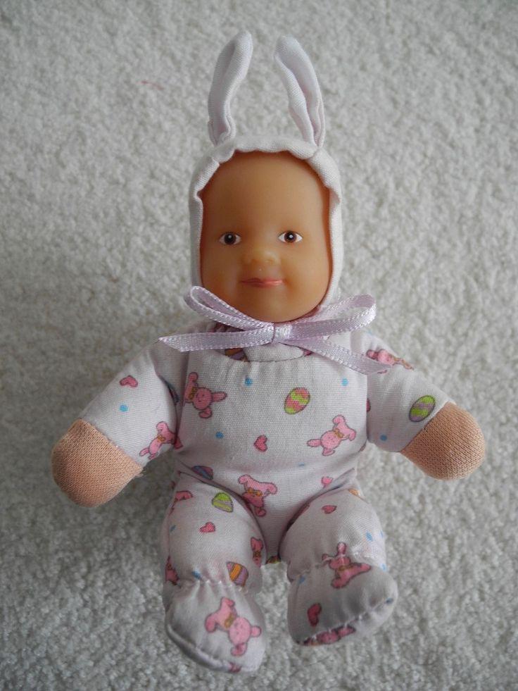Sitzende Babypuppe der Marke Zapf Creation  ca. 8,5 cm - Motiv Ostern in Spielzeug, Puppen & Zubehör, Babypuppen & Zubehör | eBay!