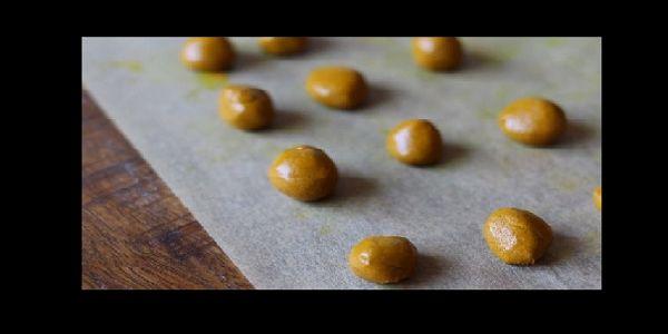 Le+pillole+di+curcuma+fai+da+te+da+preparare+in+casa,+la+ricetta