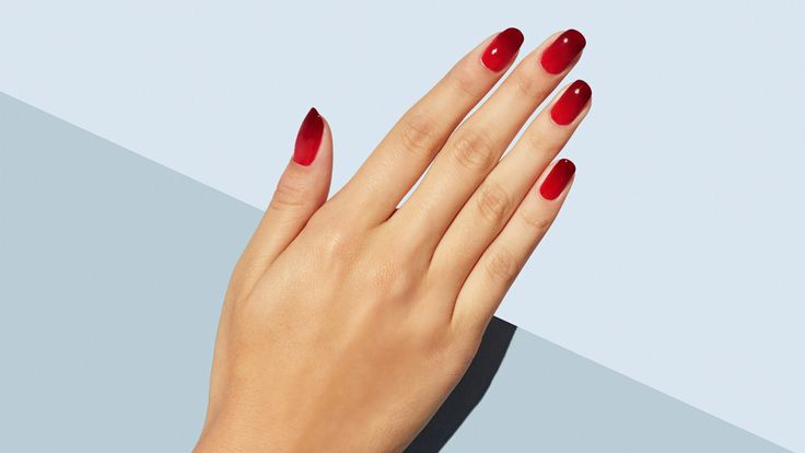 Hair isn't the only place getting ombre treatment this season. Nails are joining in for the fun! Follow this easy tutorial for ombre nail art.