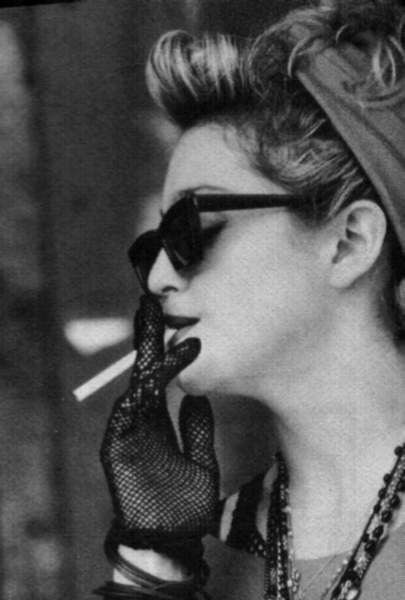 https://i.pinimg.com/736x/b3/31/5a/b3315ab2ee01c2edea03c1741dad32d9--madonna-photos-desperately-seeking-susan.jpg