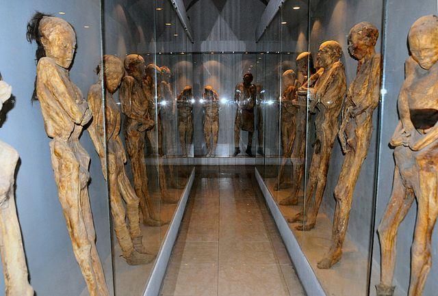 Lugares turísticos de México: museo de las momias de Guanajuato - http://revista.pricetravel.com.mx/lugares-turisticos-de-mexico/2015/04/08/lugares-turisticos-de-mexico-museo-de-las-momias-de-guanajuato/