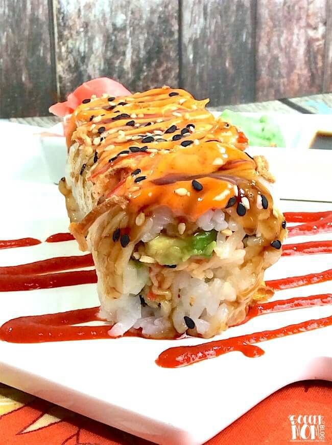 Shaggy Dog Sushi Roll ~ a sushi restaurant classic  and is crispy, creamy, a little bit spicy, and a whole lot of flavor! Here's how to make this maki at home.