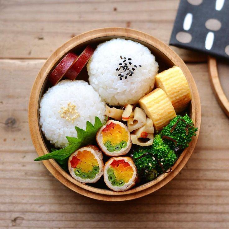 いいね!3,118件、コメント23件 ― まるさん(@maru_528)のInstagramアカウント: 「2017/11/11 今日のお弁当。 ・まんまるおにぎり(すじこ入り) ・野菜の肉巻き (金時人参・パプリカ・いんげん) ・れんこんのきんぴら ・ブロッコリーの塩昆布和え ・さつまいもの甘露煮…」