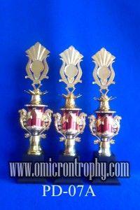 Produsen Piala Trophy Marmer Harga Murah Jual Trophy Piala Penghargaan, Trophy Piala Kristal, Piala Unik, Piala Boneka, Piala Plakat, Sparepart Trophy Piala Plastik Harga Murah