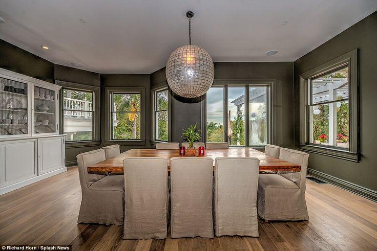Chris Hemsworth and Elsa Pataky make $2.6M on sale of LA properties
