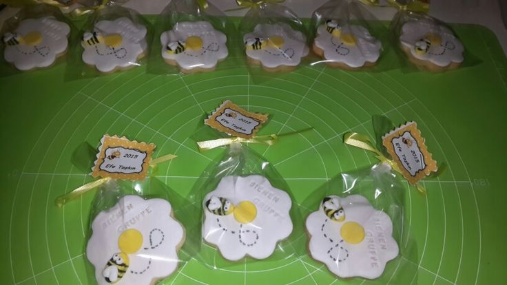 Oğlum efe nin arı temalı kurabiyeleri