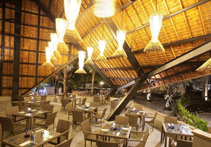 Cafe de Dapoer at The Oasis Lagoon Sanur, Bali.