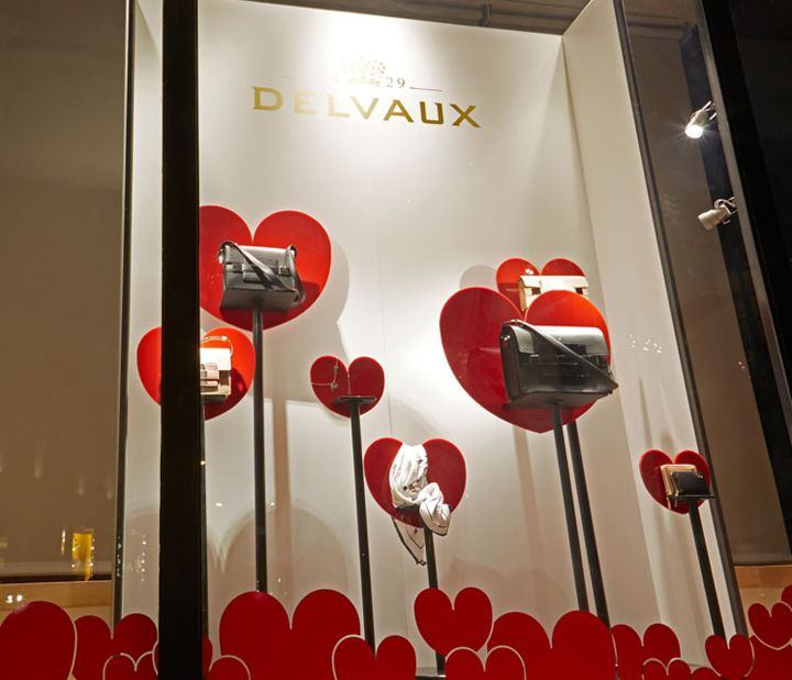 Delvaux Valentine window by frank agterberg/bca, Belgium visual merchandising  // <3