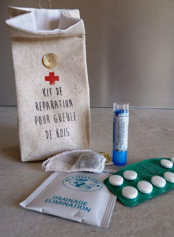 Pochon en lin et coton écru pour remèdes gueule de bois. : Etuis, mini sacs par garance-kaki