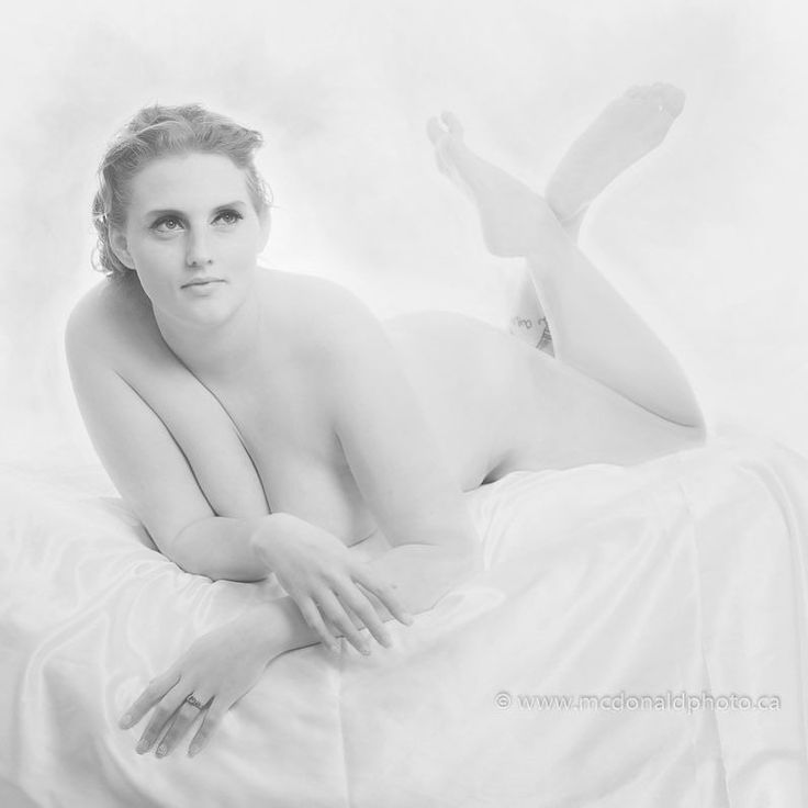 First edit from this weeks studio session with @modellife1991.  Were booking sessions for the new year. Give us a call and we can work out a package that fits your level of comfort and modesty.  Don't want to be naked? No problem were happy to create the perfect glamour or fashion portrait to showcase your unique style and vision of beauty.  Bookings: www.mcdonaldphoto.ca.  #yyc #calgary #yycart #yycartnude #yycportraits #yycwomen #yycstudioportrait #calgaryart #calgaryartnude…