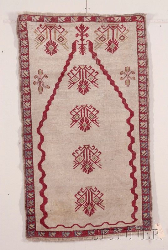 Kirsheir Prayer Rug, Central Anatolia, last quarter 19th century,  5 ft. 5 in. x 3 ft. 2 in.  | Skinner Auctioneers