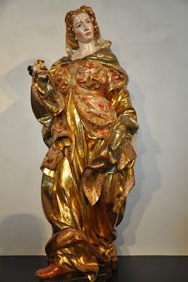 Marie-Madeleine, appartenant au retable de San Juan Bautista  Monastère de San Benito el Real de Valladolid ( S XVI).  sculpture  Juan de Juni .  Polychrome  de  Juan Tomás .  Dorado avec de l'eau bien et or bruni. MUSÉE NATIONAL Valladolid