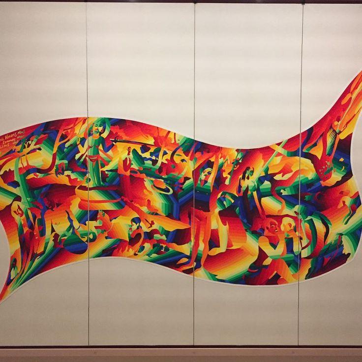 東京ステーションギャラリーのパロディ展よりゴーギャンのあの有名なタヒチの人々の絵のスーパー大胆パロディ作品言われないと気づかない人の方が多いと思いますもう一つ同じ手法で描かれた春画のパロディは強烈だったそちらは18禁なのでアップしません会場でみるべし #1日1アート #パロディ #art #everydayart #parody #homage #Gauguin